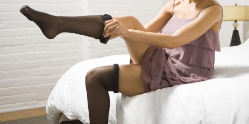 Navodila za oblačenje nogavic Polzela